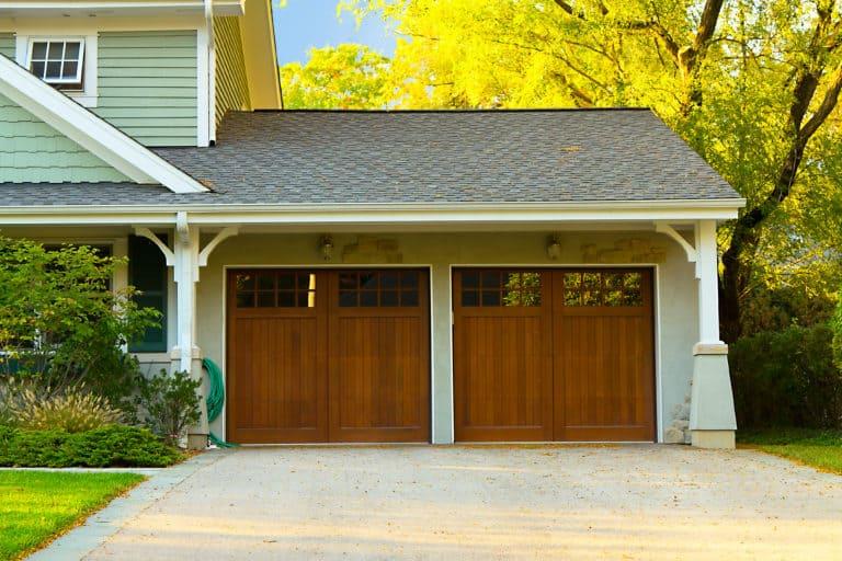 Do Garage Doors Come In Standard Sizes?